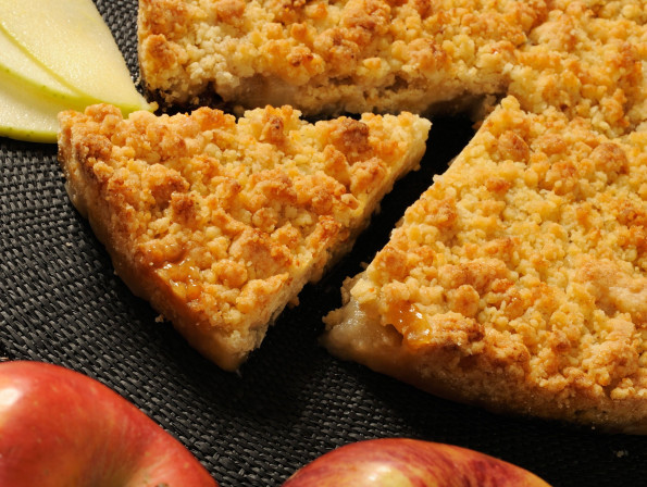 Apple and prune crumble