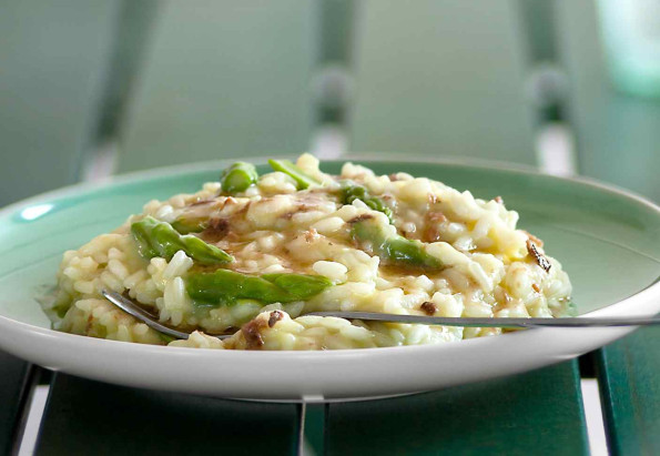 Asparagus and anchovies risotto
