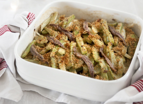 Celery and anchovies gratin