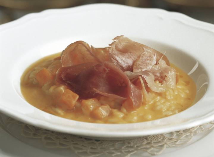 Risotto with raw ham and pumpkin
