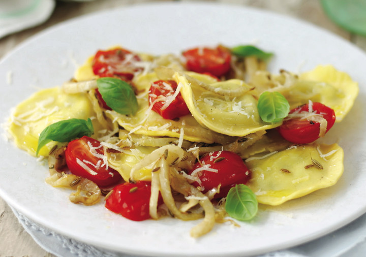 Ricotta, Baby Spinach & Mascarpone Ravioli with Fennel & Tomatoes