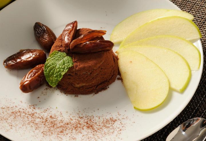 Date and apple cream