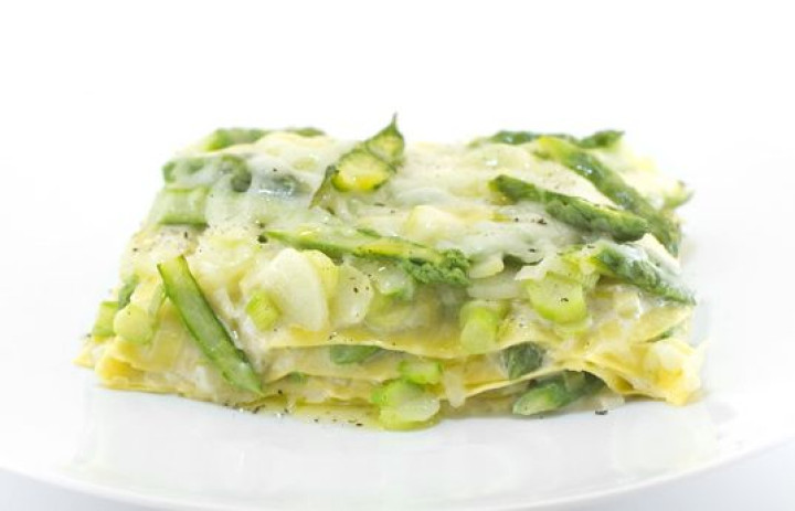 Lasagnetta with asparagus, leeks & Provolone