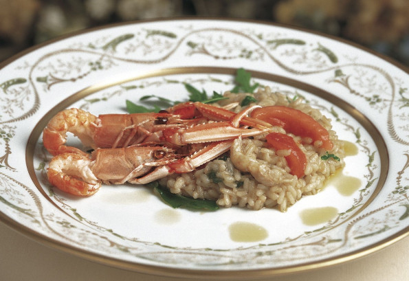 Lemon risotto with langoustines and wild rocket