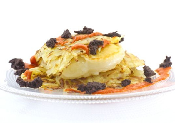 Grilled Auricchietto with roasted potatoes