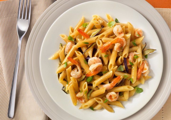 Penne rigate with shrimps and aubergines