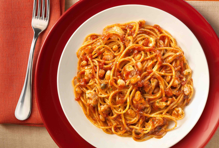 Spaghetti with cod, beans & extra virgin olive oil
