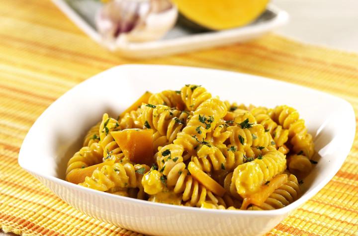 Fusilli with pumpkin sauce