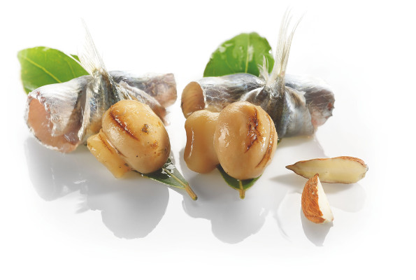 Grilled champignons with anchovies & laurel
