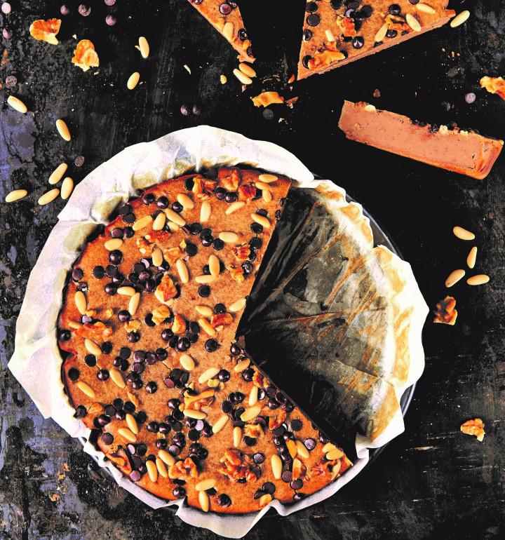 How to cook Castagnaccio, a traditional Italian autumn recipe